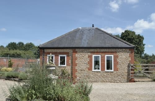 Last Minute Cottages - Excellent Frome Cottage S20125