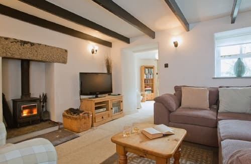 Last Minute Cottages - GOLDBANK COTTAGE