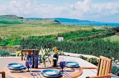 Last Minute Cottages - Attractive Bude Apartment S20437