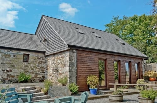 Last Minute Cottages - HOLLY BARN