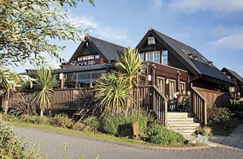 Last Minute Cottages - LOWENA NO. 36