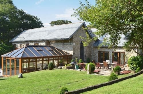 Last Minute Cottages - GLEBE HOUSE