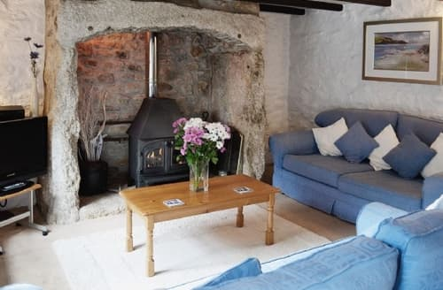 Last Minute Cottages - INGLENOOK