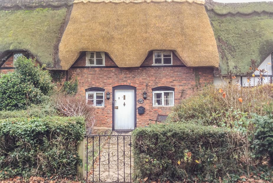 - Acorn Cottage