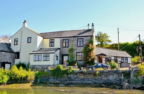 Last Minute Cottages - Stunning Saltash Cottage S21113