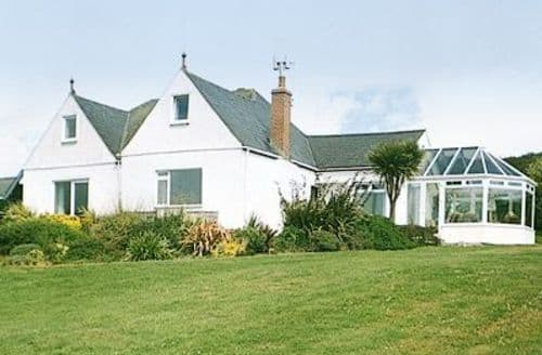 Big Cottages - Attractive Helston And The Lizard Peninsula Cottage S21205