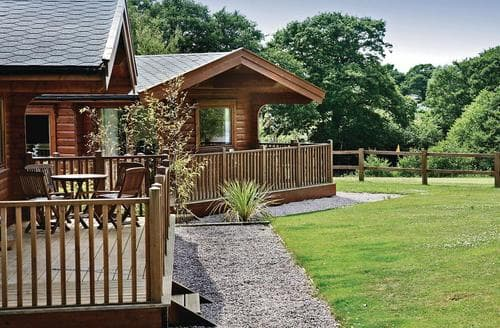 Last Minute Cottages - Inviting Exeter Lodge S53430