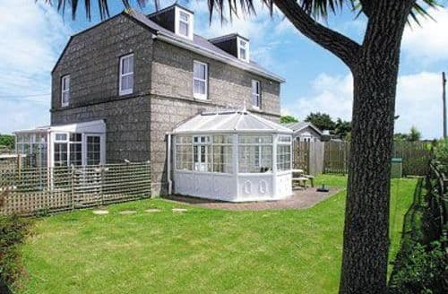 Last Minute Cottages - Cosy Sennen Cottage S21290