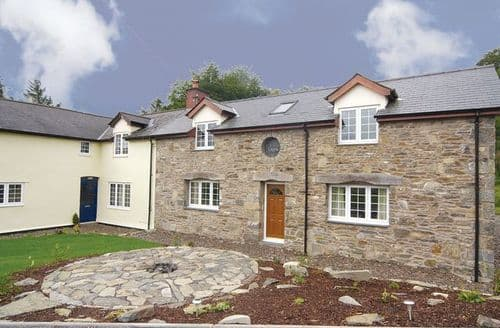 Last Minute Cottages - Cefn Cottage