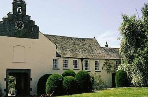 Last Minute Cottages - THE STABLE COURT