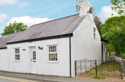 Last Minute Cottages - Beautiful Amlwch And North Anglesey Heritage Coast Cottage S22042