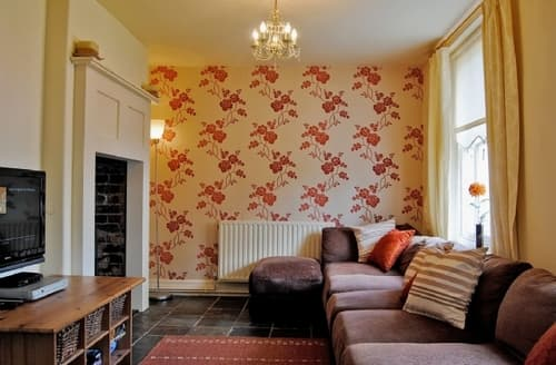 Last Minute Cottages - THE TOWN HOUSE BALA