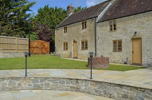 Last Minute Cottages - Charming Shaftesbury Cottage S81527