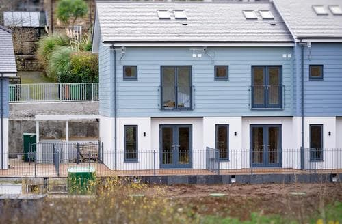 Last Minute Cottages - 7 Pen y Bont