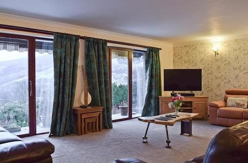 Last Minute Cottages - Beautiful Pitlochry Cottage S92666