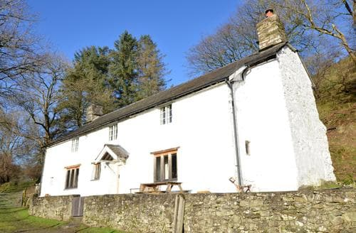 Big Cottages - Luxury Llanfyllin Lodge S92735