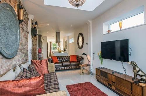 Last Minute Cottages - Gorgeous Lowestoft Cottage S93426
