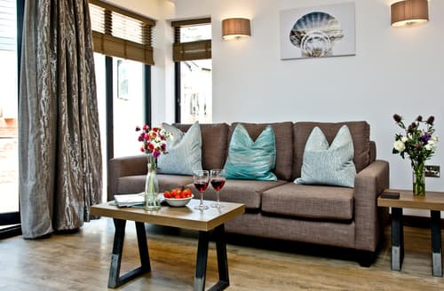 Last Minute Cottages - Luxury Paignton Cottage S93674