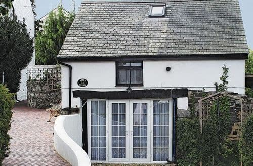 Last Minute Cottages - Attractive Colwyn Bay Cottage S22388