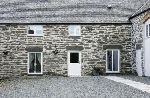 Last Minute Cottages - The Owl Loft