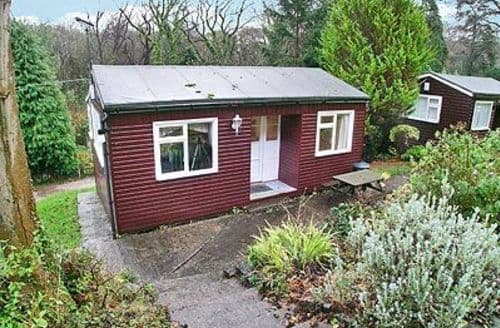 Last Minute Cottages - Luxury Colwyn Bay Lodge S22405