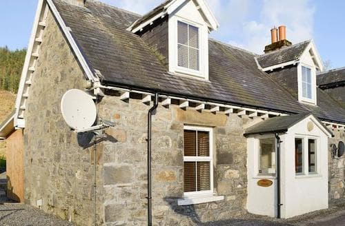 Last Minute Cottages - Stunning Achnasheen Cottage S93824
