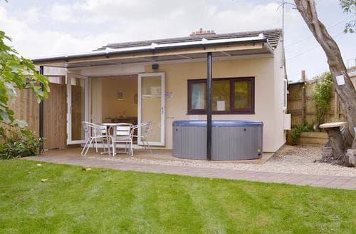 Last Minute Cottages - Inviting Bath Cottage S93882