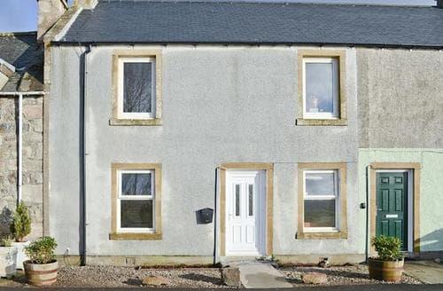 Last Minute Cottages - Excellent Lairg Apartment S94227