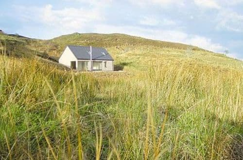 Last Minute Cottages - Inviting Sligachan Cottage S22535