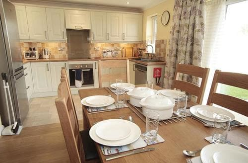 Last Minute Cottages - Excellent St Ishmaels Cottage S71678