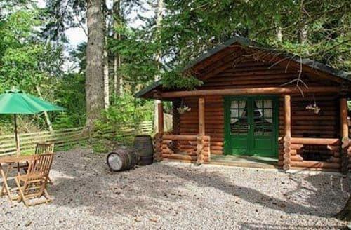 Last Minute Cottages - EVERWOOD LOG CABIN