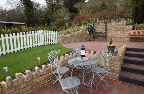 Last Minute Cottages - Cosy Weymouth Bungalow S95001