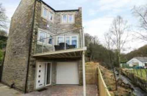 Big Cottages - Beautiful Holmbridge Cottage S95023
