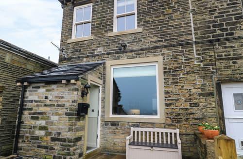 Last Minute Cottages - Delightful Luddenden Cottage S94683