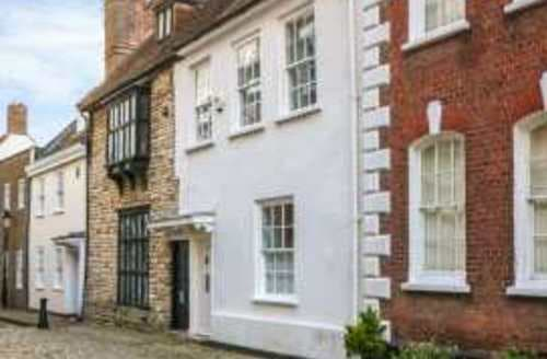 Last Minute Cottages - Superb Poole Cottage S94405