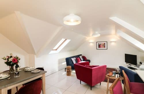 Last Minute Cottages - Attractive Poole Cottage S94406