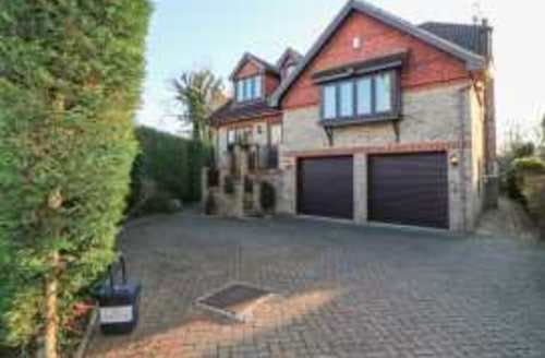 Big Cottages - Luxury Windsor Cottage S95067