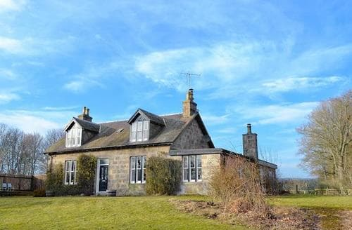 Last Minute Cottages - Delightful Ballater Cottage S96418