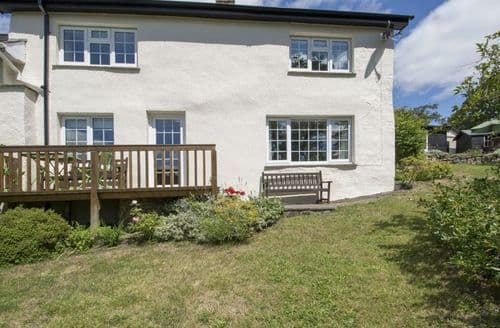Last Minute Cottages - Lewishill Cottage