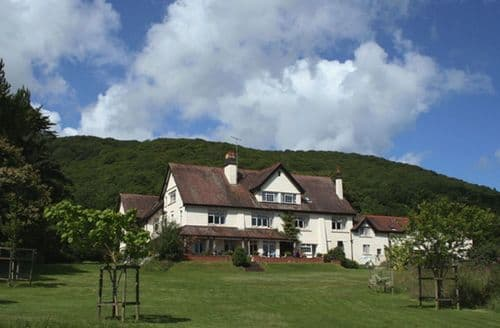 Big Cottages - Tasteful West Porlock Cottage S95973