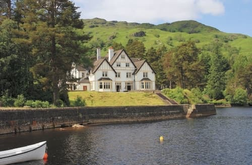 Big Cottages - Beautiful Crianlarich Lodge S23262