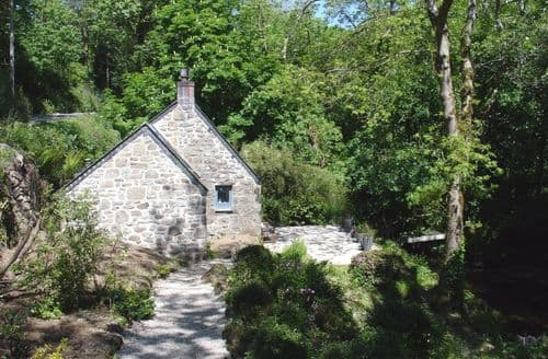 Last Minute Cottages - Cosy Lamorna Cottage S96355