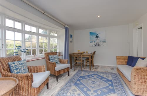 Last Minute Cottages - Attractive Shalfleet Cottage S96531
