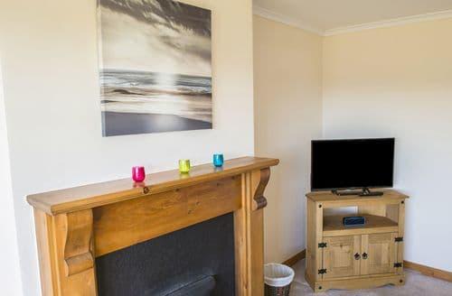 Last Minute Cottages - Quaint Strath Cottage S96767