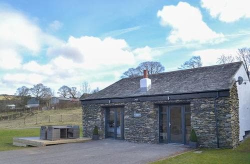 Last Minute Cottages - Excellent Bowness On Windermere Cottage S96794