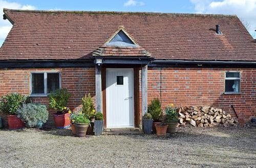 Last Minute Cottages - Tasteful Uckfield Cottage S96804