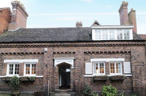 Big Cottages - Inviting Bridgnorth Cottage S96815