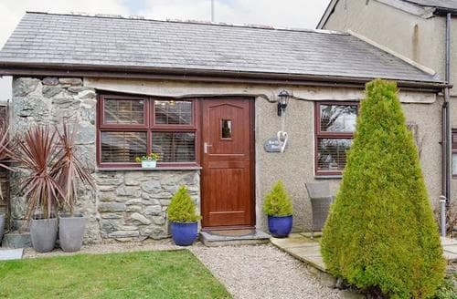 Last Minute Cottages - Excellent Barmouth Cottage S96941