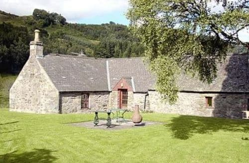 Last Minute Cottages - Gorgeous Pitlochry Cottage S23419