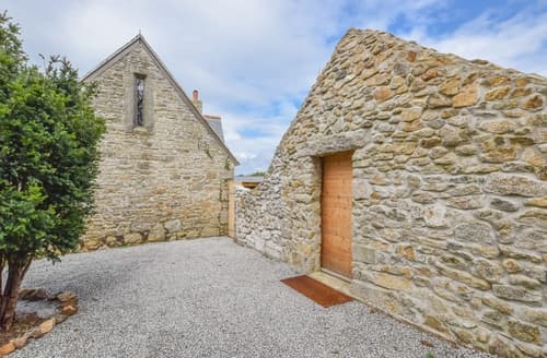Last Minute Cottages - Luxury Helston Cottage S97247